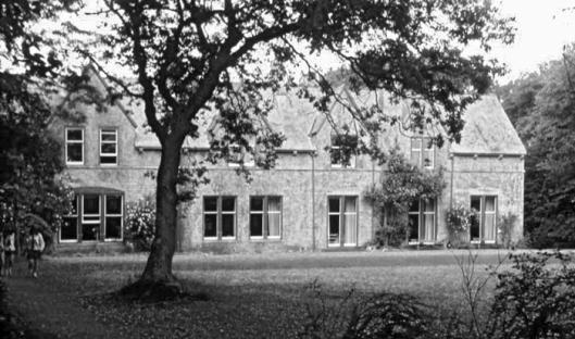 My school, photograph courtesy of Tony Dare-Edwards.